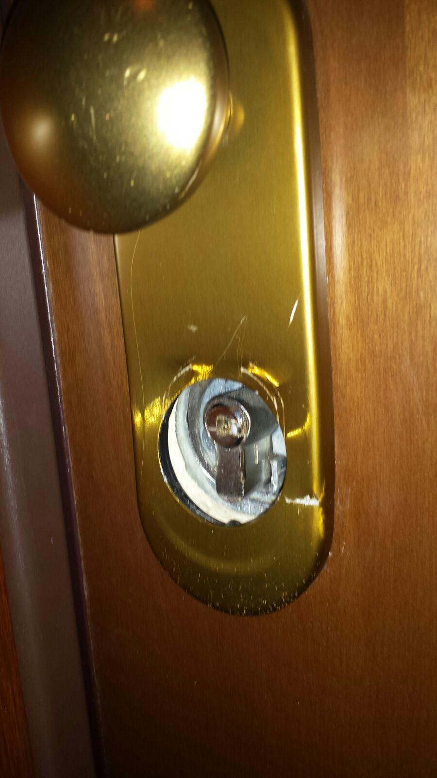 porte blindate dierre assistenza In una porta blindata dierre ogni dettaglio, ogni componente sono stati attentamente progettati e realizzati per concorrere a raggiungere un risultato inimitabile.